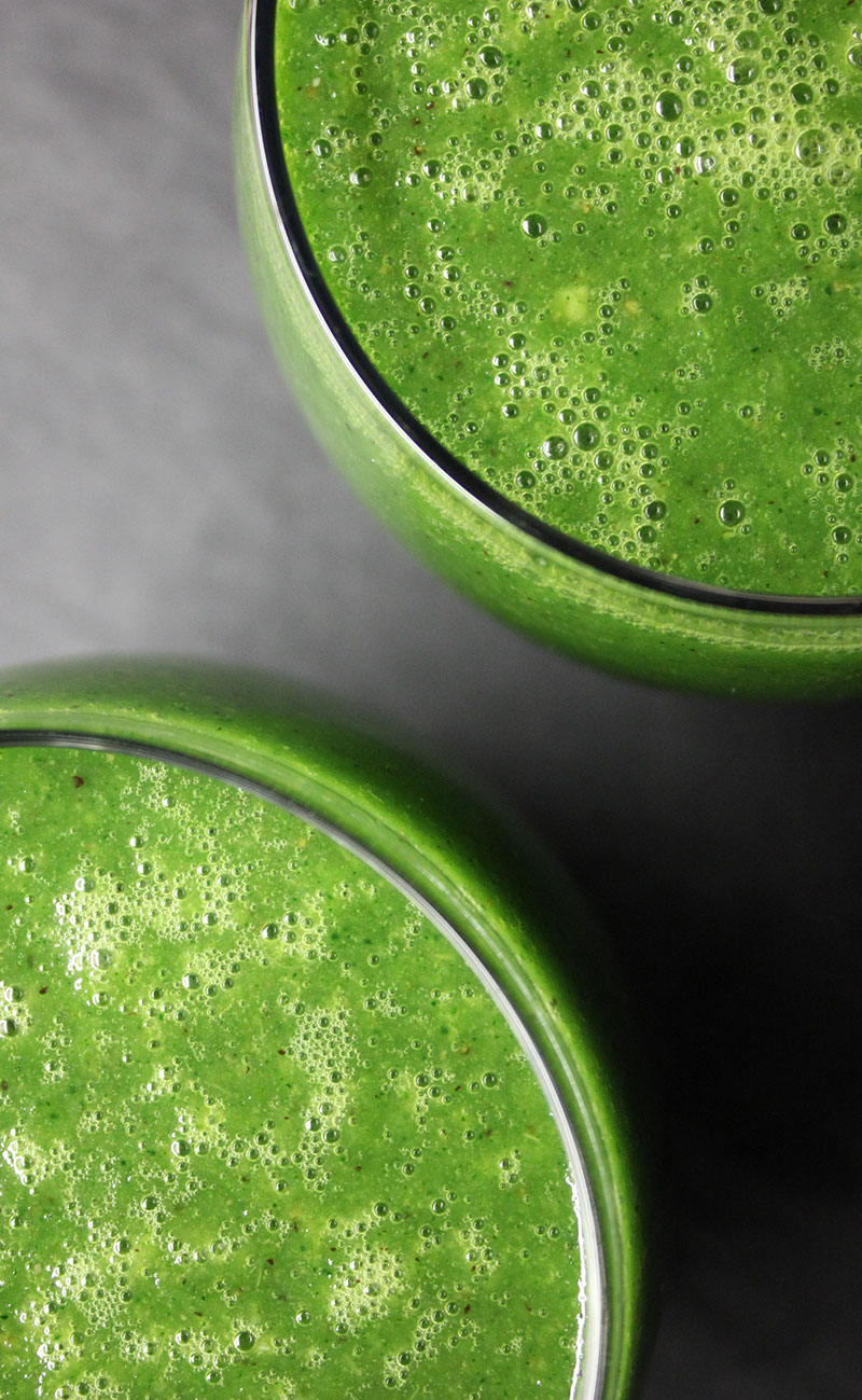 FRESH & FIERY ANTI-CANCER SPINACH SMOOTHIE