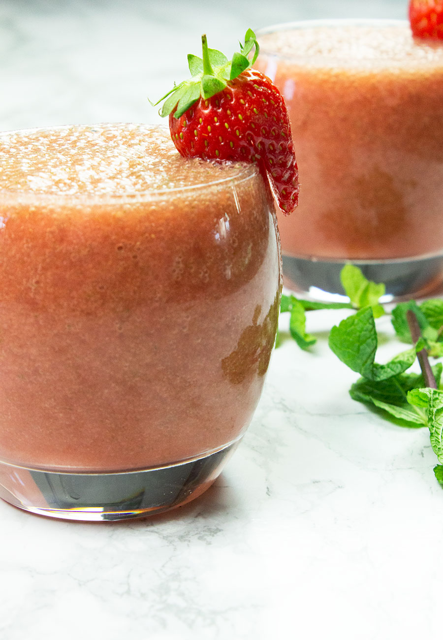 Grapefruit Strawberry Breakfast Smoothie