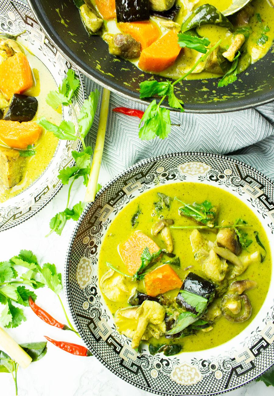 How to make vegan Thai Green Curry Paste