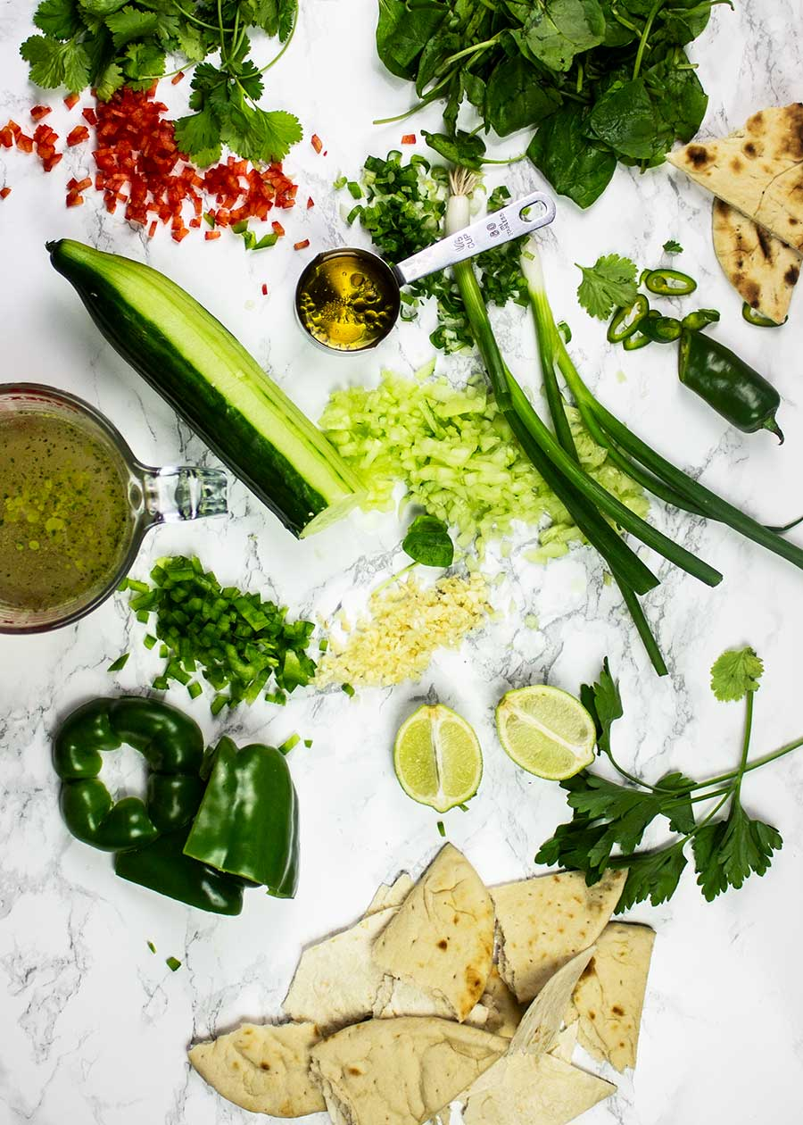 Green gazpacho soup ingrediens