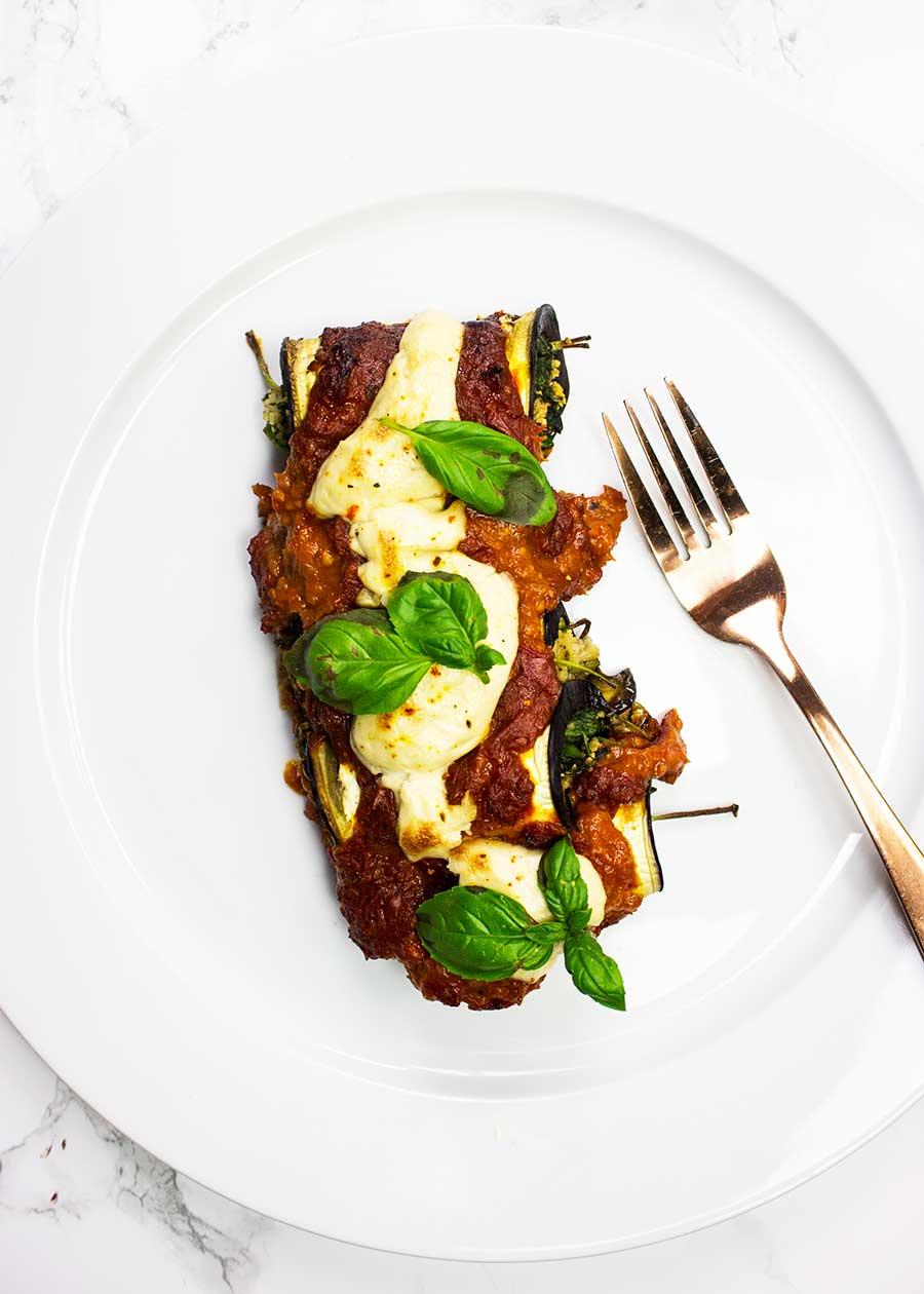 Vegan cheesy aubergine rolls